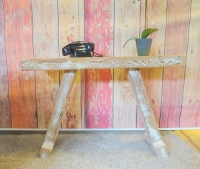 Side table van oude sloophout balken